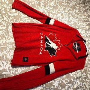 Medium Canada hockey sweater